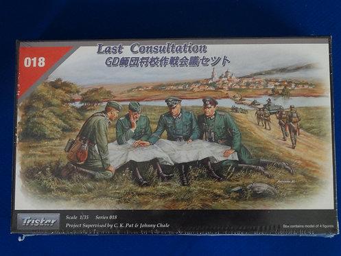 "COJG-236 - German ""Last Consultation - WWII - Zveda 1/35 - Plastic Kit - 4 Figs"