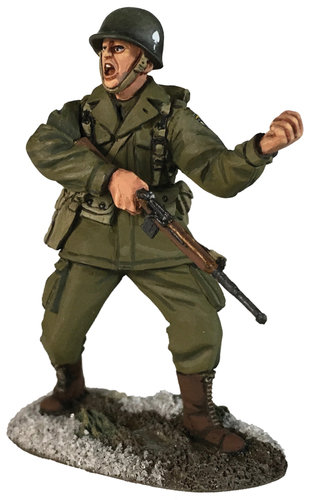 25067 - U.S. 101st Airborne Officer in M-43 Jacket Directing Movement, Winter