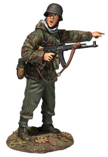 25076 - German Grenadier In Parka with MP-44 Pointing 1944-45