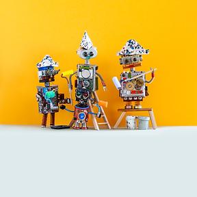 a-team-of-robot-decorators-painters-agai