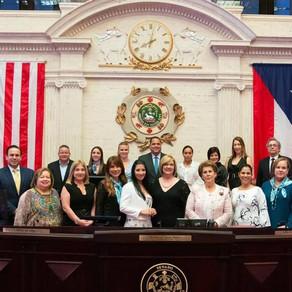 El Senado reconoce la valentía y la misión educativa de un grupo de sobrevivientes de VPH.