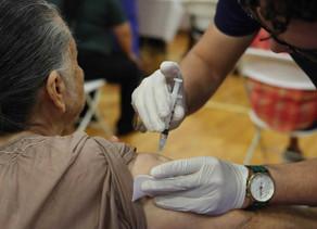 Advierten sobre consecuencias del rechazo de refugiados a vacunarse contra la influenza