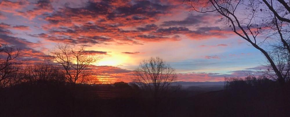 Dawn, Mont Glen