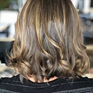 Partial-Partial highlights and a root retouch