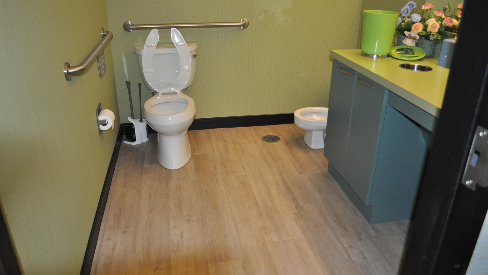Restroom - Buildout Pros