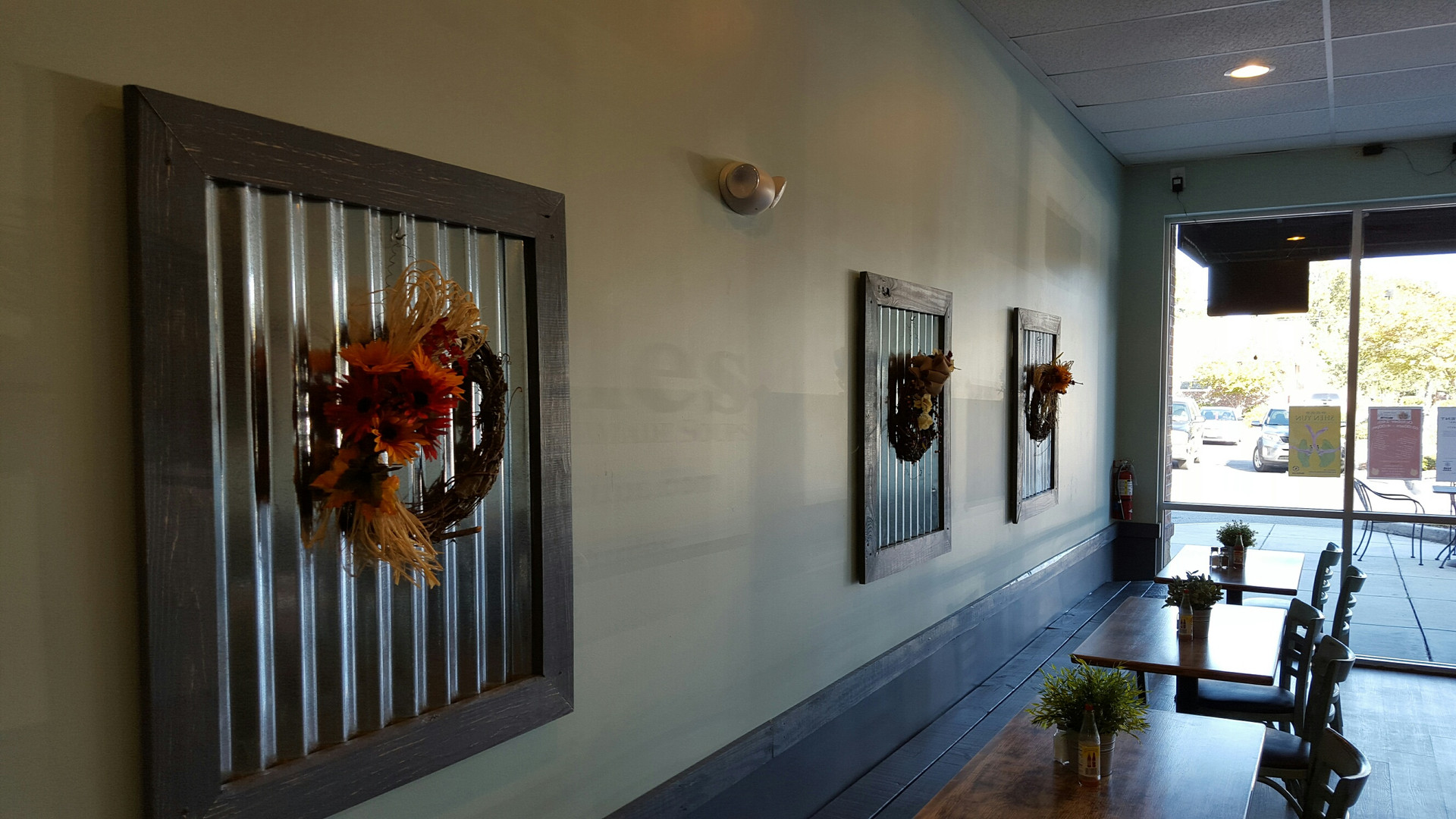Wall with Decorations - Buildout Pros