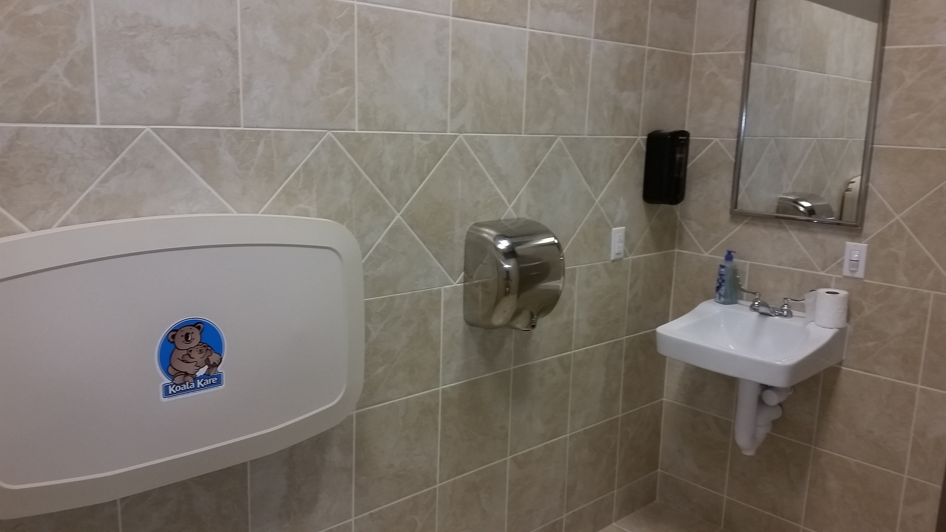 Diaper Changer, Sink & Hand-dryer - Buildout Pros