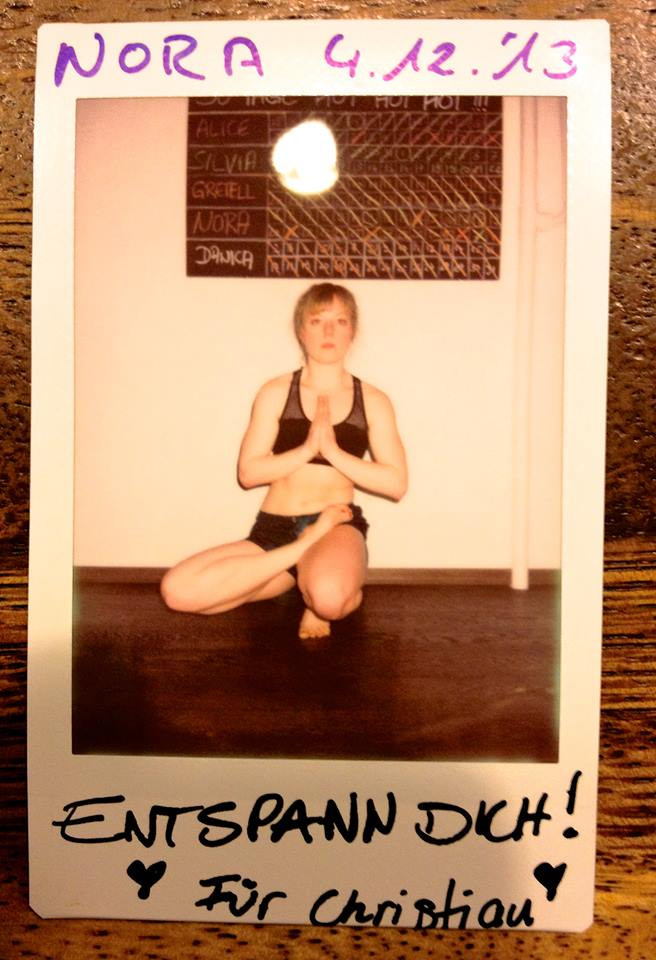 30 Tage Hot Yoga Challenge Nora