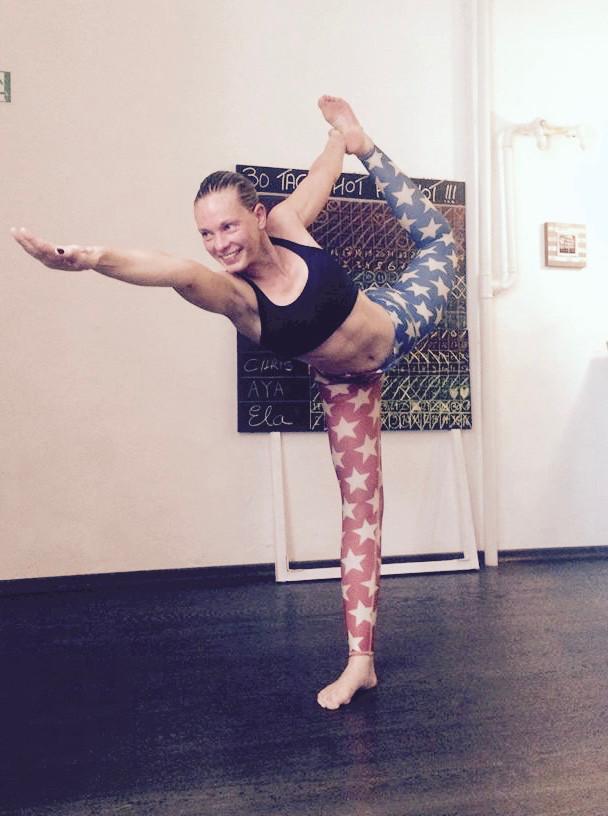 30 Tage Hot Yoga Challenge Christiane
