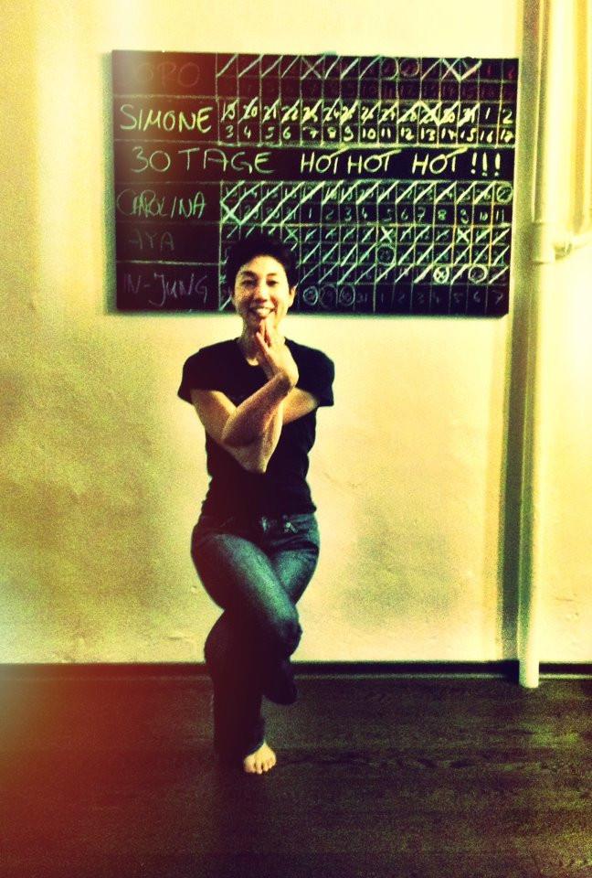 30 days hot yoga challenger Aya