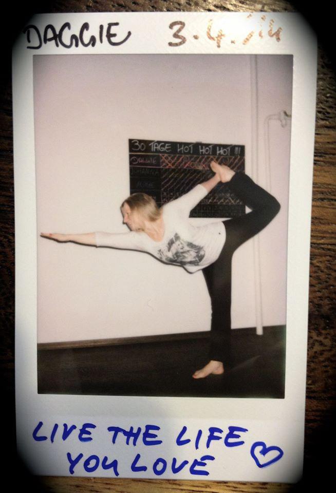 30 Tage Hot Yoga Challenge Jenny