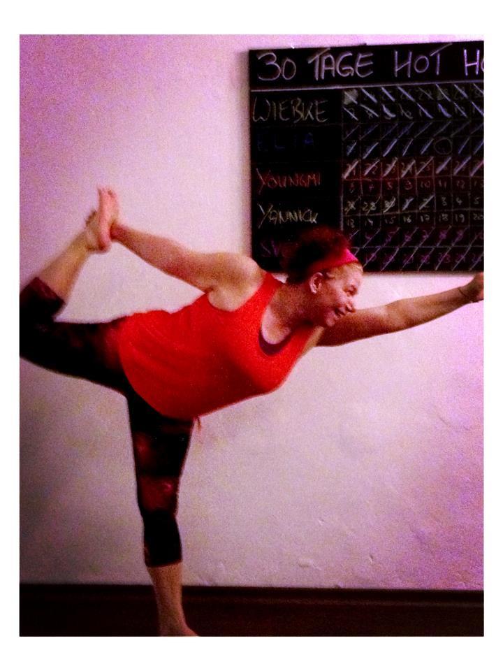 30 days hot yoga challenger Svenja