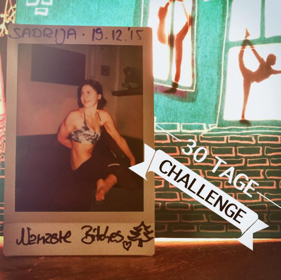 30 Tage Hot Yoga Challenge Sadrija