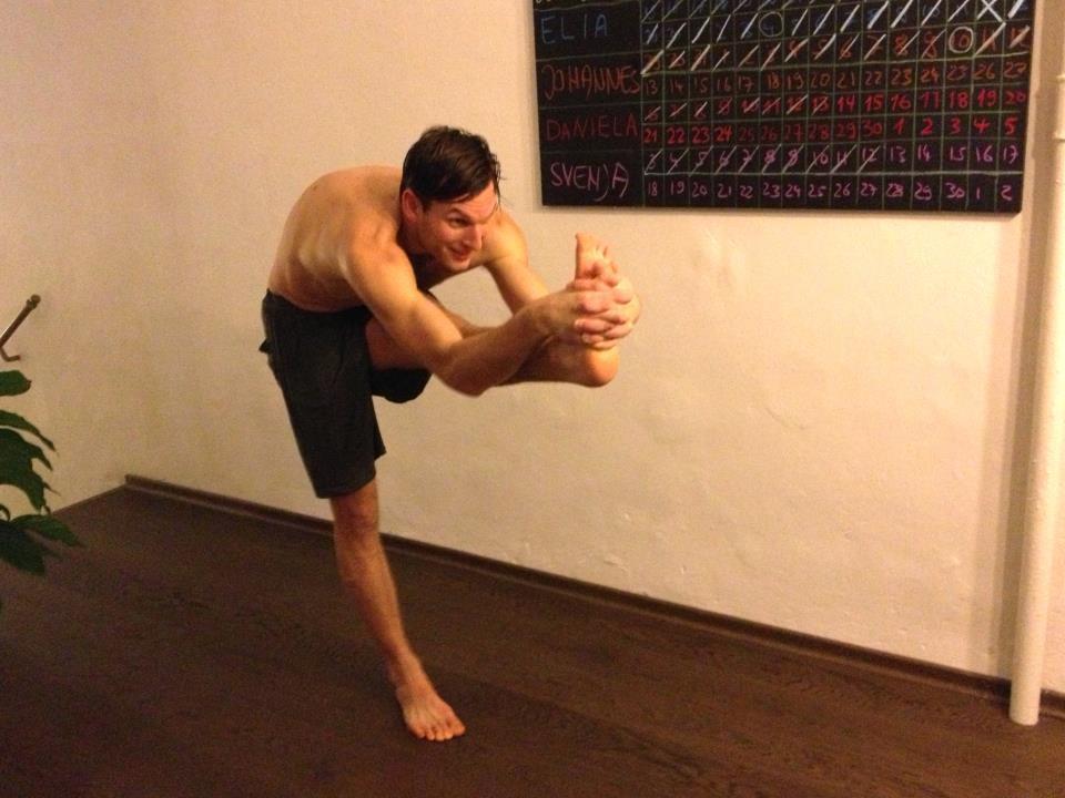 30 days hot yoga challenger Matthias