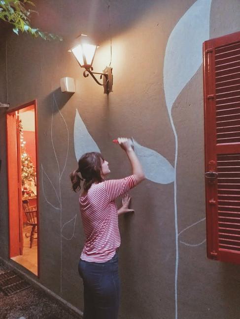 Pintura em parede para Garimpo Secretário Antiquário e Bistrô, Itaipava, RJ - 2019