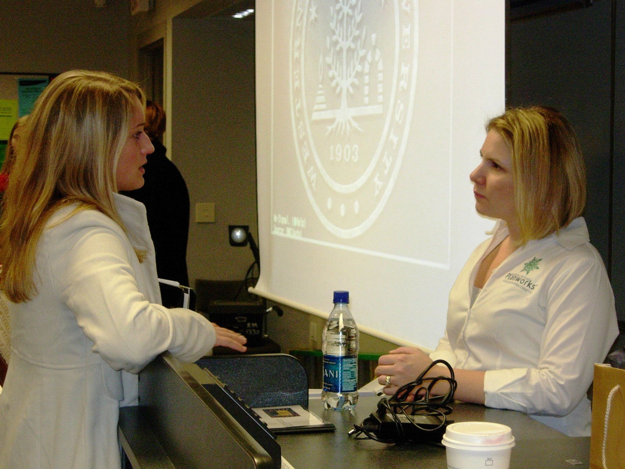 Jennifer Fisher from GM Planworks talks with student Sarah Letang