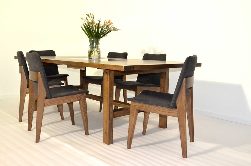 EL Rheno Dining Table