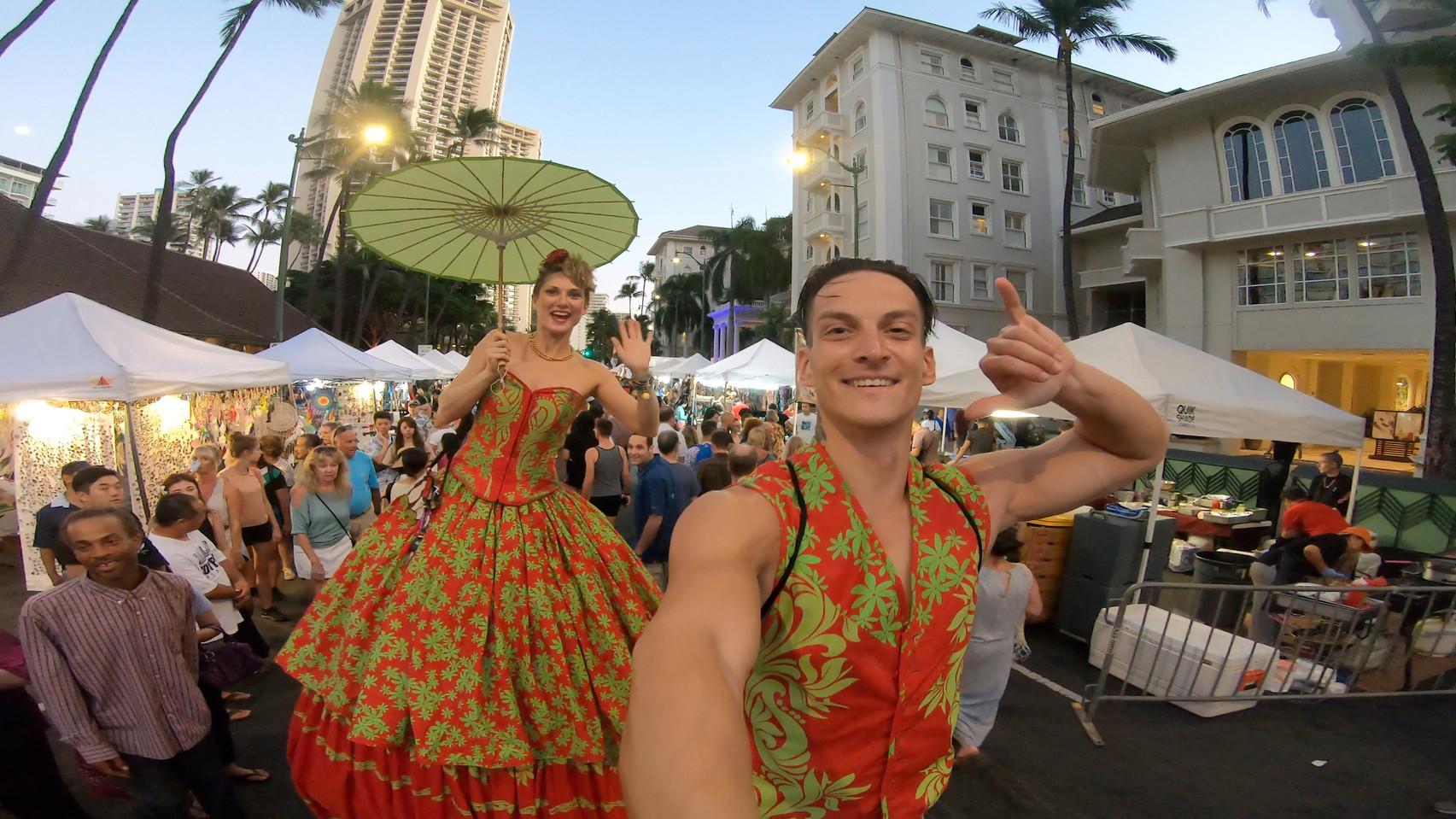 Hawaiian Holiday Stiltwalking Duo