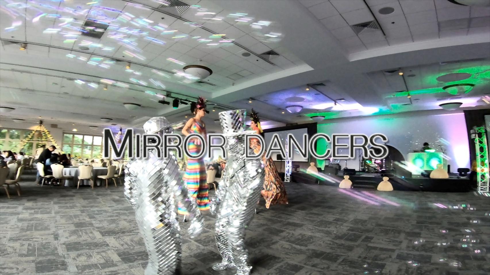 Mirror Dancing Duo