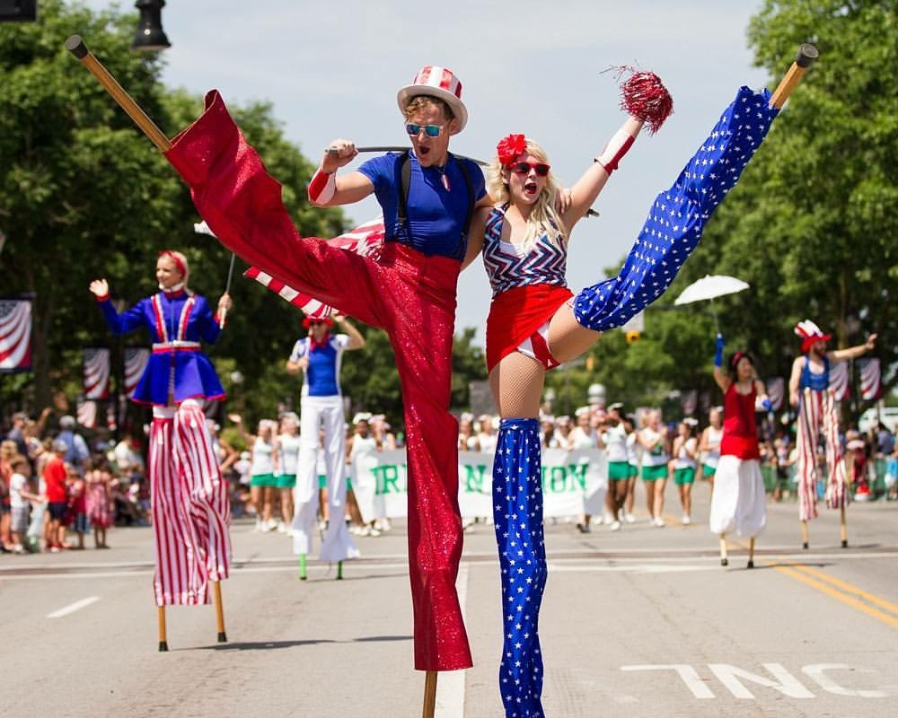 Patriotic Stilt Walkers