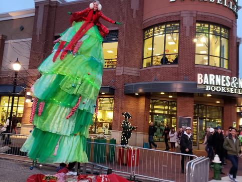 Christmas Tree Sway Pole Act