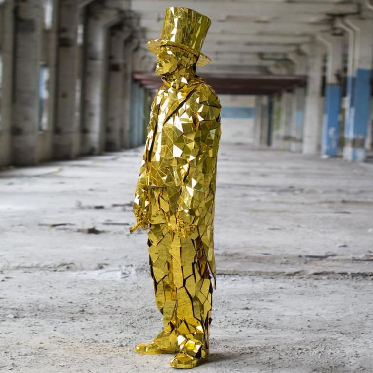 Gold Mirror Man