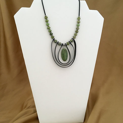 Canadian jade with looped inner tube necklace.