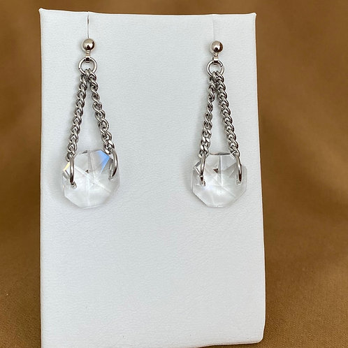 Prism earrings with cable chain