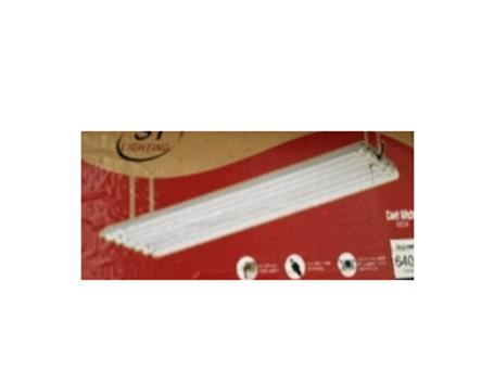 4 Lamp LED Shop Light