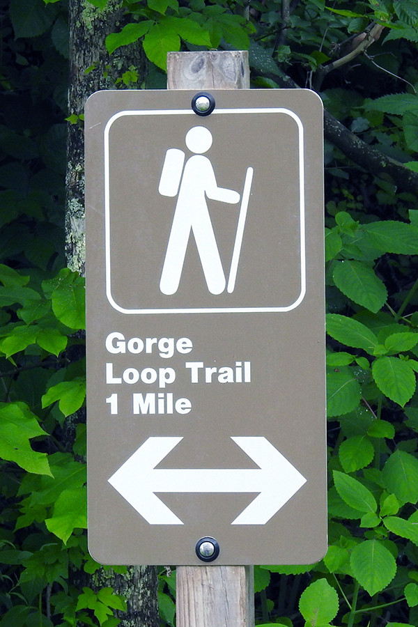 Gorge Loop Trail sign at Caesar Creek Gorge in Waynesville Ohio