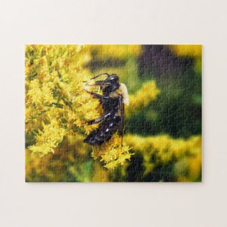 mining_bee_on_goldenrod_puzzle-r32e2709e