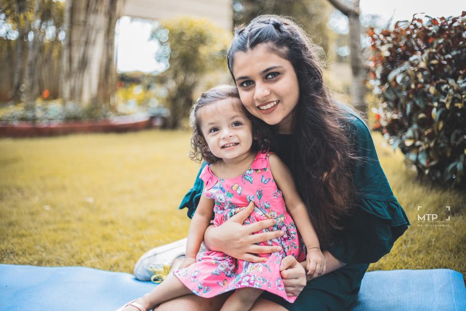 Baby Photography in Mumbai | Baby Photographer in Mumbai | Sibling Photoshoot Family photoshoot Mumbai