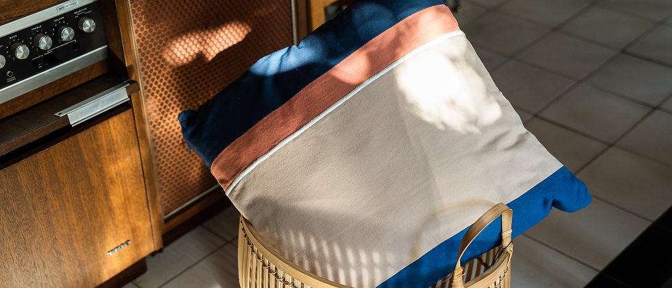 Cushion【 Beige / Blue】
