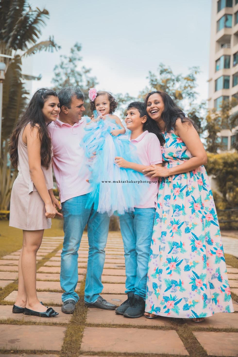 Baby Photography in Mumbai | Baby Photographer in Mumbai | Family photoshoot Mumbai