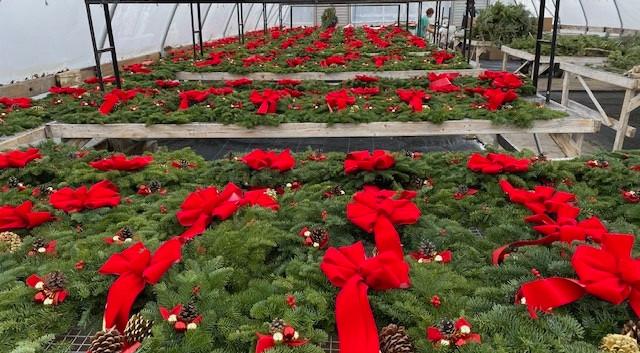 traditional-wreath.jpg