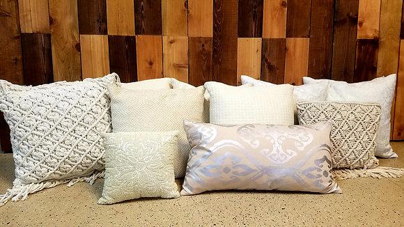 White, Cream & Neutral Pillows