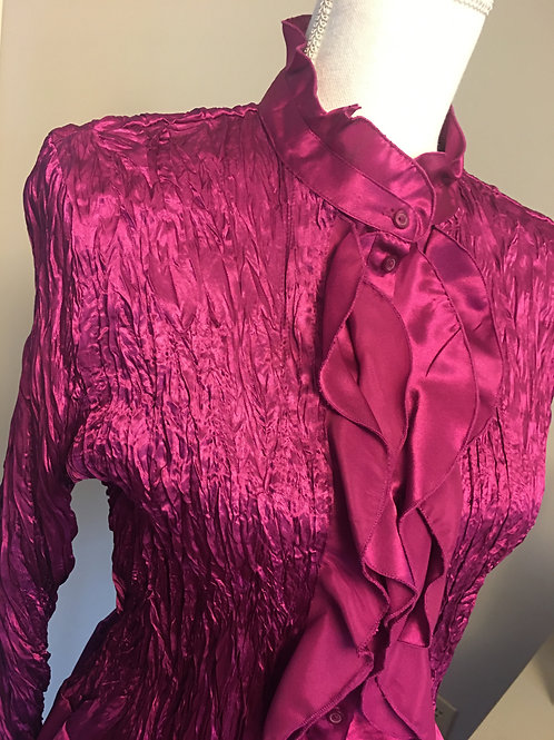MAGENTA RUFFLED CRINKLE BLOUSE w/BELL SLEEVES