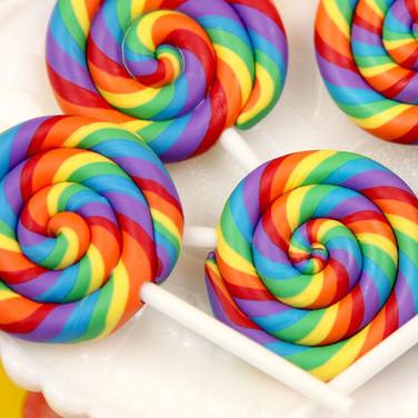 88x43x7-huge-big-rainbow-swirl-lollipop-sucker.jpg