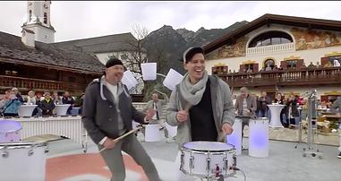 LED Armband Coldplay Power Pecussion Fernsehgarten Event Schlagzeuger buchen