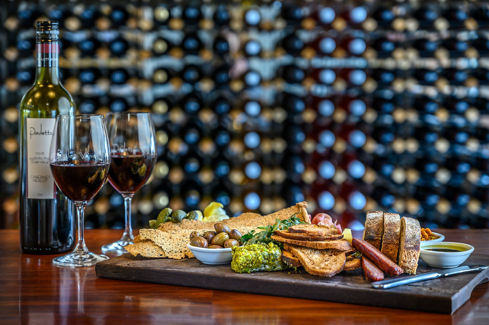 Enjoy great wine & food in the Clare Valley with Clare Valley Luxury Tours