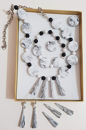 סט תכשיטים- שחור לבן