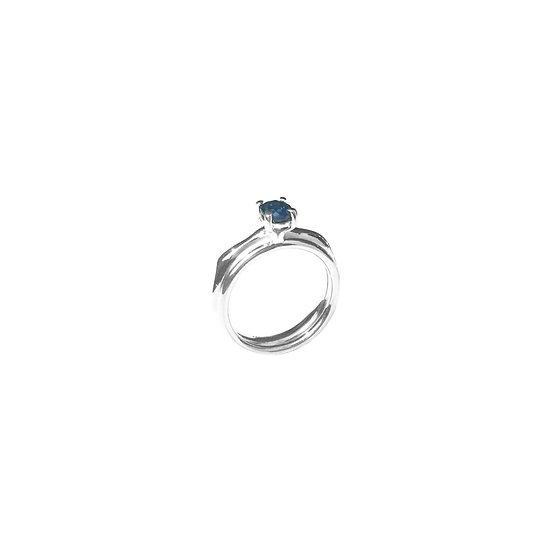 Anggia Ring