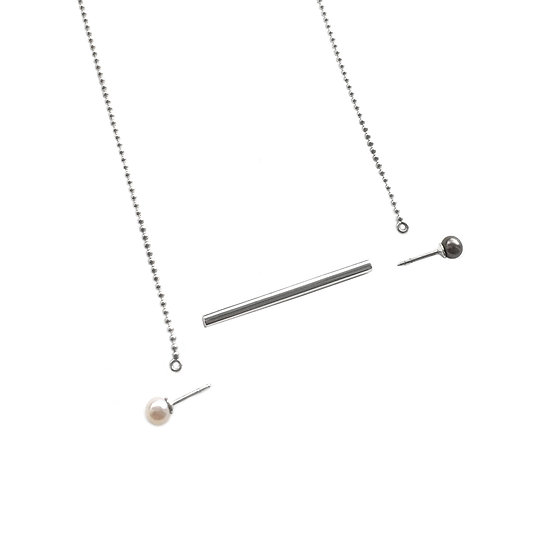 06:00 Necklace & Stud Earrings