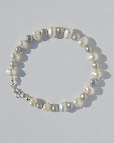 Shadow Pearl Bracelet