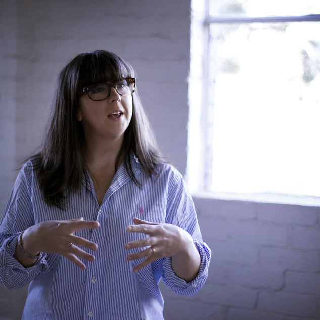 suzanne-tonks-public-relations-expert-me