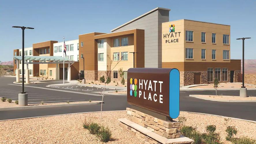 Hyatt-Place-Page-Lake-Powell-P010-Exterior.16x9.webp