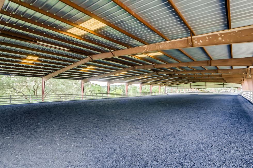 10210 Crumley Ranch Rd Austin-large-038-023-Riding Arena-1500x1000-72dpi.jpg