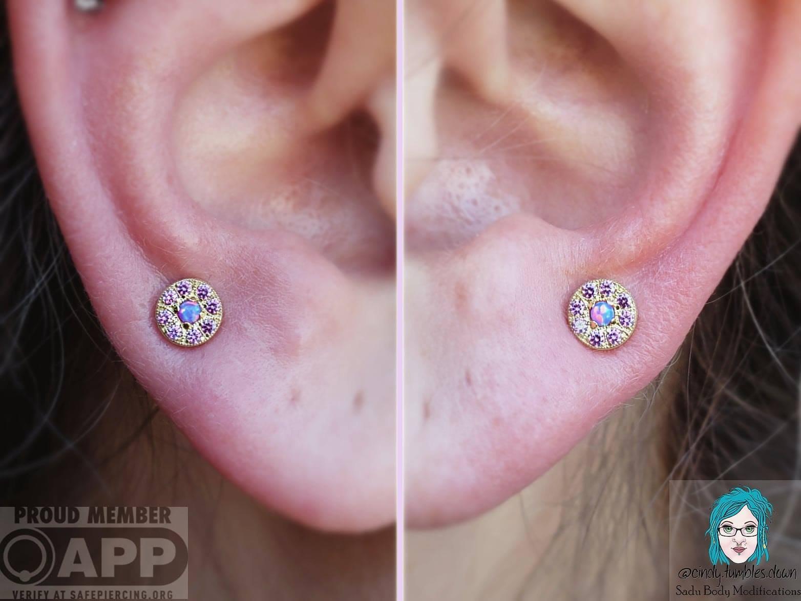 Pair of Lobe Piercing (ages 10+)