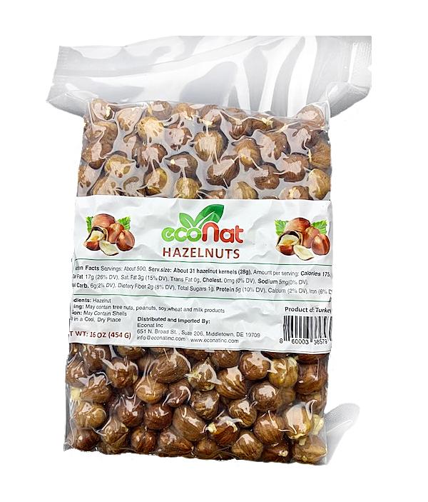 Natural hazelnut kernels