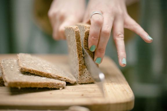 slicing+rye.jpg